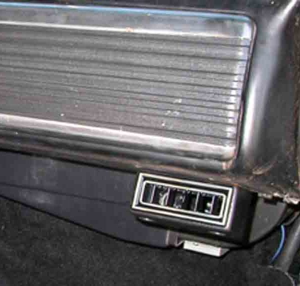 1950 CHEVROLET PICKUP TRUCK PASSENGER VENT close up with Perfect Fit Kit installed