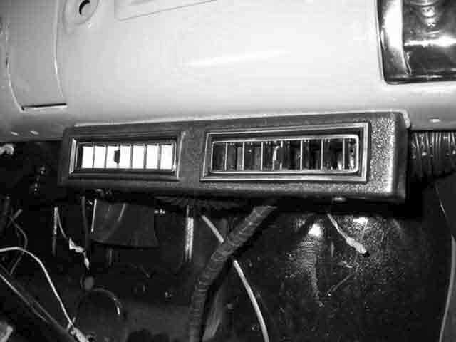 Chevrolet Pickup Truck Center Vents