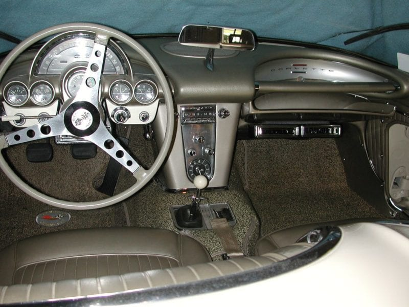 1960       CHEVROLET    CORVETTE CONSOLE   Classic Auto    Air        Air
