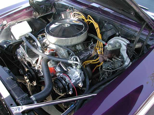 Chevrolet Nova Engine Bay on 1980 350 Chevy Small Block Engine