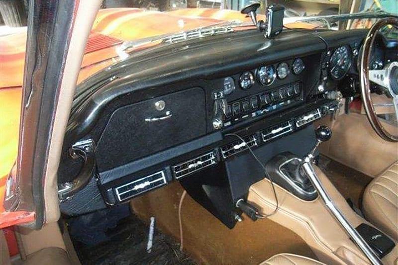 1962 JAGUAR E-TYPE S1 3.8 RHD INTERIOR