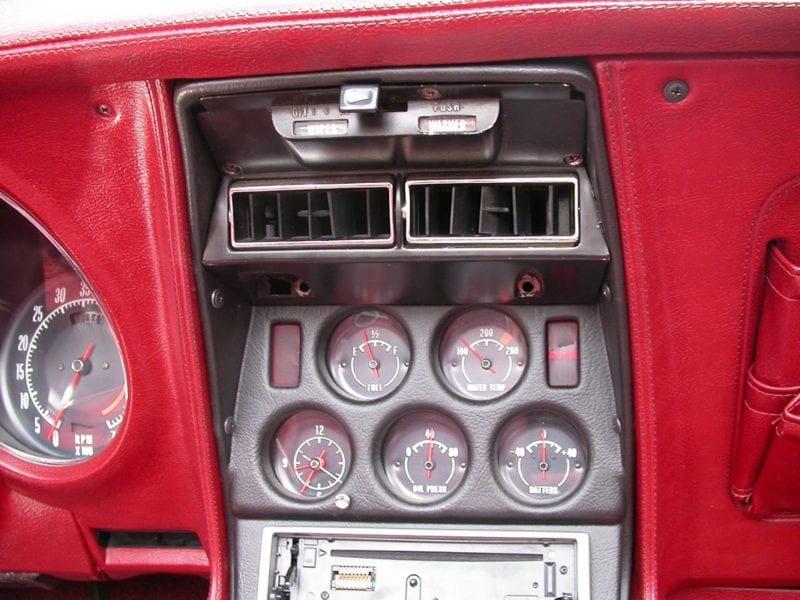 Chevrolet Corvette Center Vents on 1953 Chevy Truck